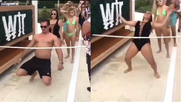女玩凌波舞一後仰 泳衣爆開下體全露 圖/推特