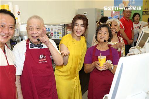 Selina任家萱出席公益代言活動