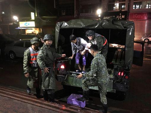 暴雨,南台灣,國軍,旗山,救災 圖/翻攝畫面