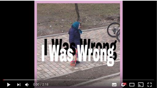 吳睿軒做歌圖/翻攝自YouTube