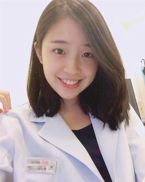 正妹,牙醫,主治醫師,表特版,鄉民 圖/翻攝自PTT ID-1512982