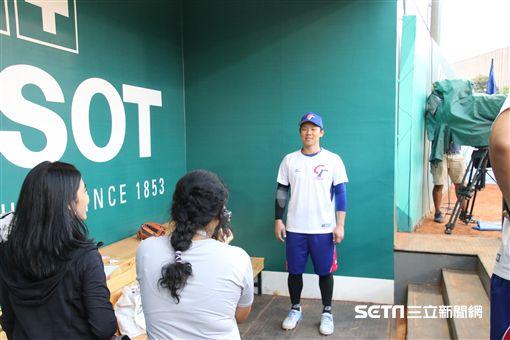 ▲雅加達亞運官方練球時,詹子賢被大會拍定型照。(圖/記者蕭保祥攝)