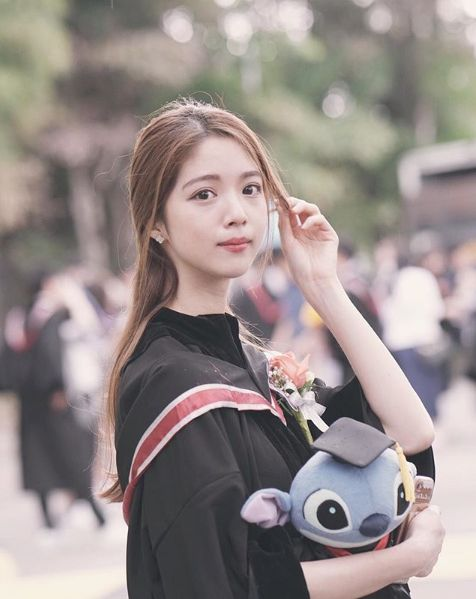 香港小姐競選冠軍陳曉華(翻攝自陳曉華IG)