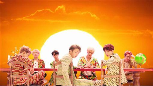 BTS防彈少年團新MV單日點閱突破Youtube最高紀錄。(圖/翻攝自Youtube)