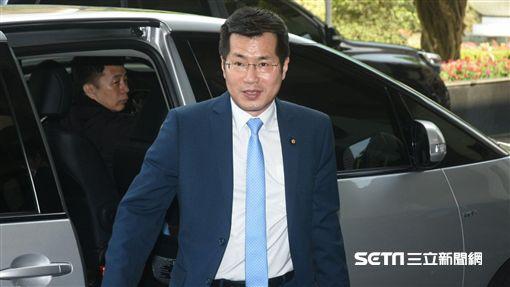 立法委員羅致政出席民進黨新北市議會幹部交接。 圖/記者林敬旻攝