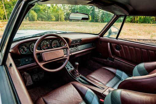 Porsche 959。(圖/翻攝Mecum Auctions官網)