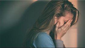 哭,傷心,憂鬱。(示意圖/翻攝自Pixabay)