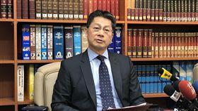 台人肯亞遇難傳中國協助 外交部:中國統戰手法台灣旅遊團在肯亞遭河馬攻擊,又遇車禍。對於中國聲稱提供協助,外交部發言人李憲章14日澄清表示,中國未提供具體協助,這是中國透過欺瞞、進行統戰的手法。中央社記者侯姿瑩攝 107年8月14日