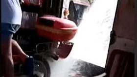 水災 重金 淹水 抽水機 排水 翻攝影片