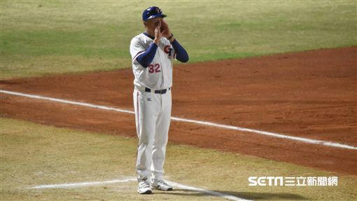 亞運棒球中華隊許順益總教練。(圖/記者王怡翔攝影)