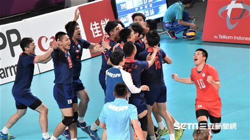 亞運中華男排拿下銅牌。(圖/記者王怡翔攝影)