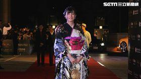 高橋聖子以日本傳統華麗和服登場。(圖/邱榮吉攝影)