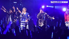 搖滾樂團八三夭台北小巨蛋第二場,五月天助陣同台嗨唱