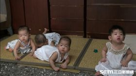 台中媽媽搏命生4胞胎/彰基提供