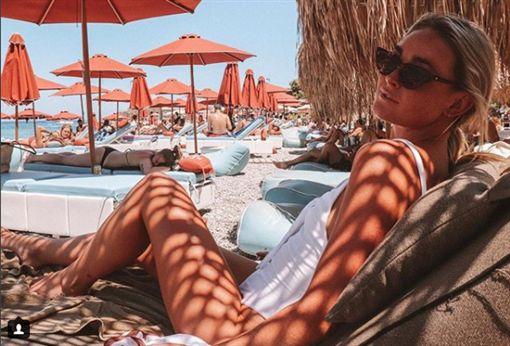 上豪華遊艇賺錢 20歲澳洲女模身亡豪華遊艇,Sinead McNamara,女模翻攝自Sinead McNamara IG