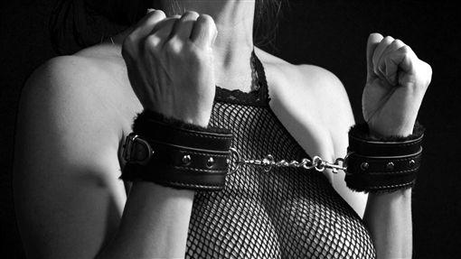 凌虐,SM,綑綁,性愛,示意圖/pixabay