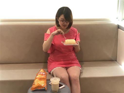 孕婦愛吃甜食、熬夜追劇、當心私密處感染