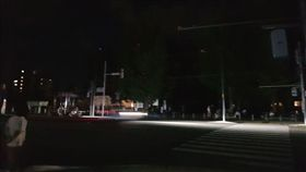北海道大地震 瞬間停電民眾摸黑逃 翻攝自PTT