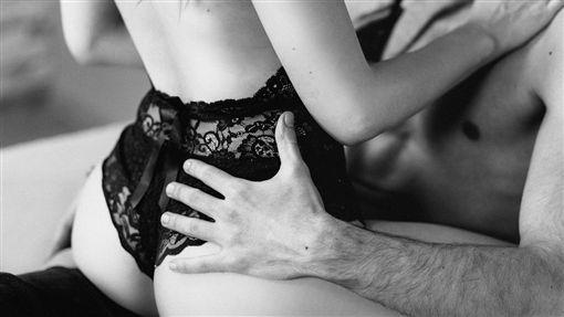 性愛,男,女,/翻攝自Pixabay