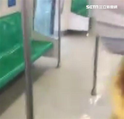 高雄,大雨,大雨灌進高雄捷運青埔站