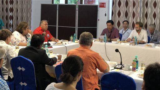 PIF外交部部長吳釗燁在諾魯共和國瓦卡總統邀請下,首位發言。