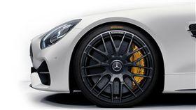Continental提供最先的輪胎技術。(圖/Mercedes-Benz提供)