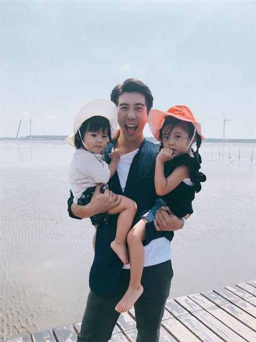 賈靜雯 修杰楷 BO妞 咘咘/翻攝自臉書