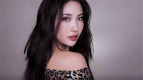 韓國知名的美妝YouTuber「Risabae」。(翻攝YouTube)