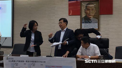 吳音寧出席雙首長會議 盧冠妃攝