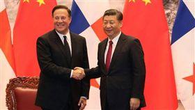 美國召回棄台三國大使 巴拿馬嗆:尊重我們的主權,習近平、巴拿馬總統瓦雷拉(Juan Carlos Varela) 圖/翻攝自巴拿馬總統府臉書