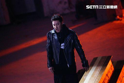 潘瑋柏《Moonlight》MV 圖/華納音樂提供
