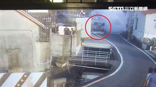 彰化彰南路三段與一德南路口車禍/翻攝畫面