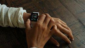蘋果,iPhone,愛瘋,Apple Watch,蘋果手錶 圖/翻攝自快科技