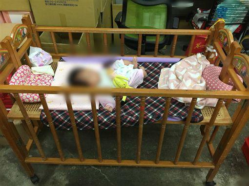 木頭嬰兒床、舊式嬰兒床、洗澡盆/臉書爆廢公社