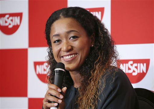 美網冠軍讓大坂直美錢途一片大好。(圖/美聯社/達志影像)
