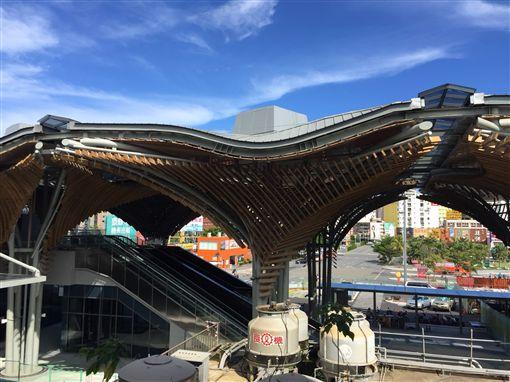 花蓮火車站嶄新面貌 融入城鄉的地標
