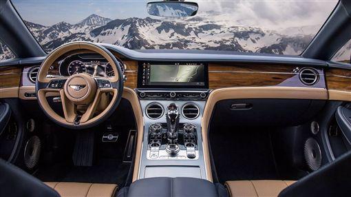賓利Continental GT(圖/賓利提供)