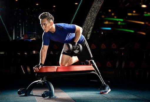 截肢,義肢,健身猛男張登傑(受訪者提供)