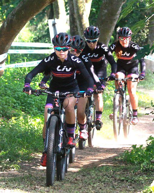 ▲Liv宜蘭女子隊練習越野賽道。(圖/捷安特提供)