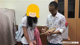 浩子回故鄉彰化演講、小粉絲哭了/民眾提供