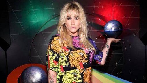 凱莎(Kesha)臉書