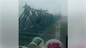 山竹,颱風,香港,澳門,起重機 圖/翻攝自臉書將軍澳