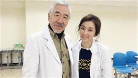 「雙城故事」中孫情飾演陳怡蓉的中醫教授。(圖/瑞奇娛樂傳播提供)