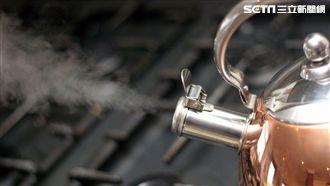 煮開水不掀蓋不開抽油煙機 致癌?