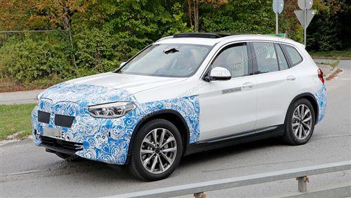 BMW iX3測試車(圖/翻攝網路)