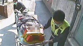 連慈文,殺人,伯父,彰化,救護人員趕緊把死者送往醫院急救。翻攝畫面
