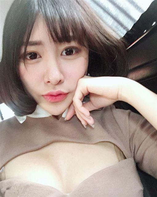 台版「明日花」妮妮  圖/nini06141414 IG