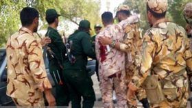 伊朗閱兵遇襲增至24死 傷者逾60 翻攝自推特 伊朗,閱兵,革命衛隊