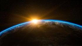 -太空-地球-(示意圖/翻攝自PIXABAY)