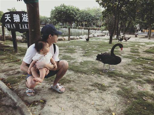 江宏傑,福原愛,女兒,小小愛,中秋節/翻攝自臉書